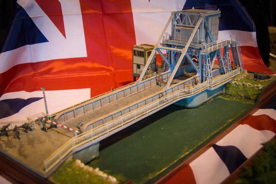 PEGASUS BRIDGE 1/72