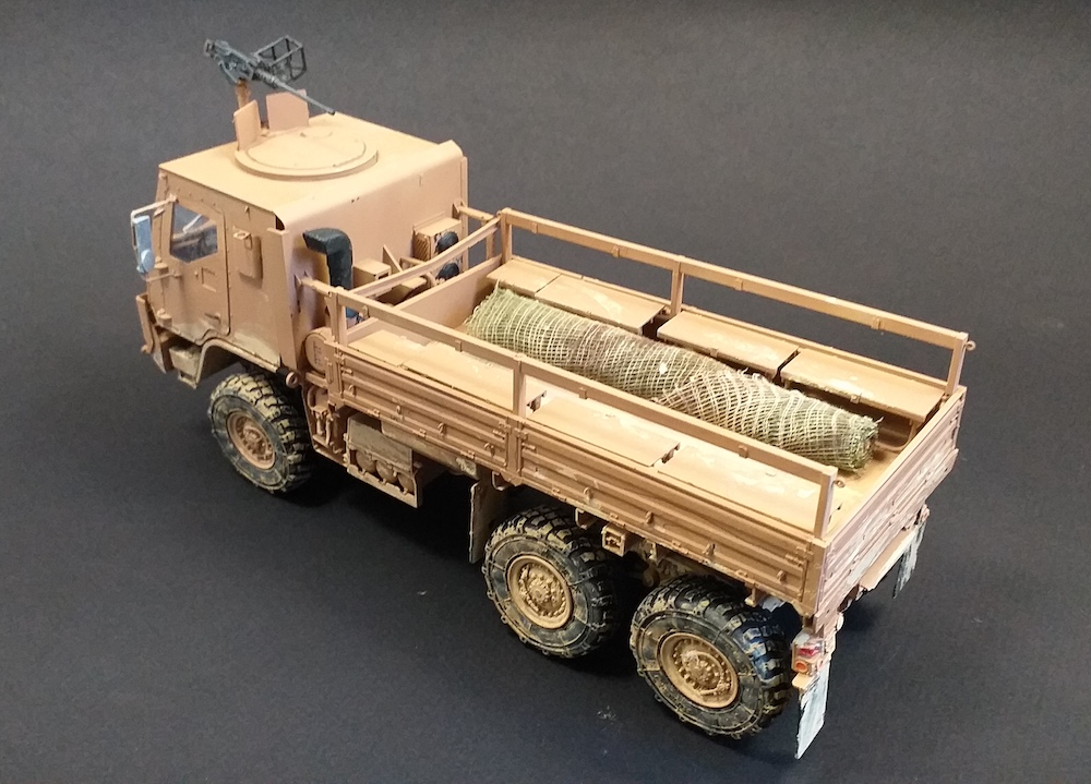 Camion M1083 – 1:35